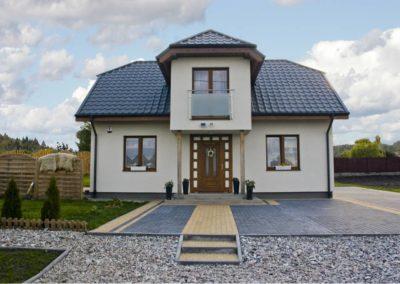 dom_caoroczny